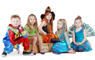 children-carnival-costumes-sit-chest-28969001